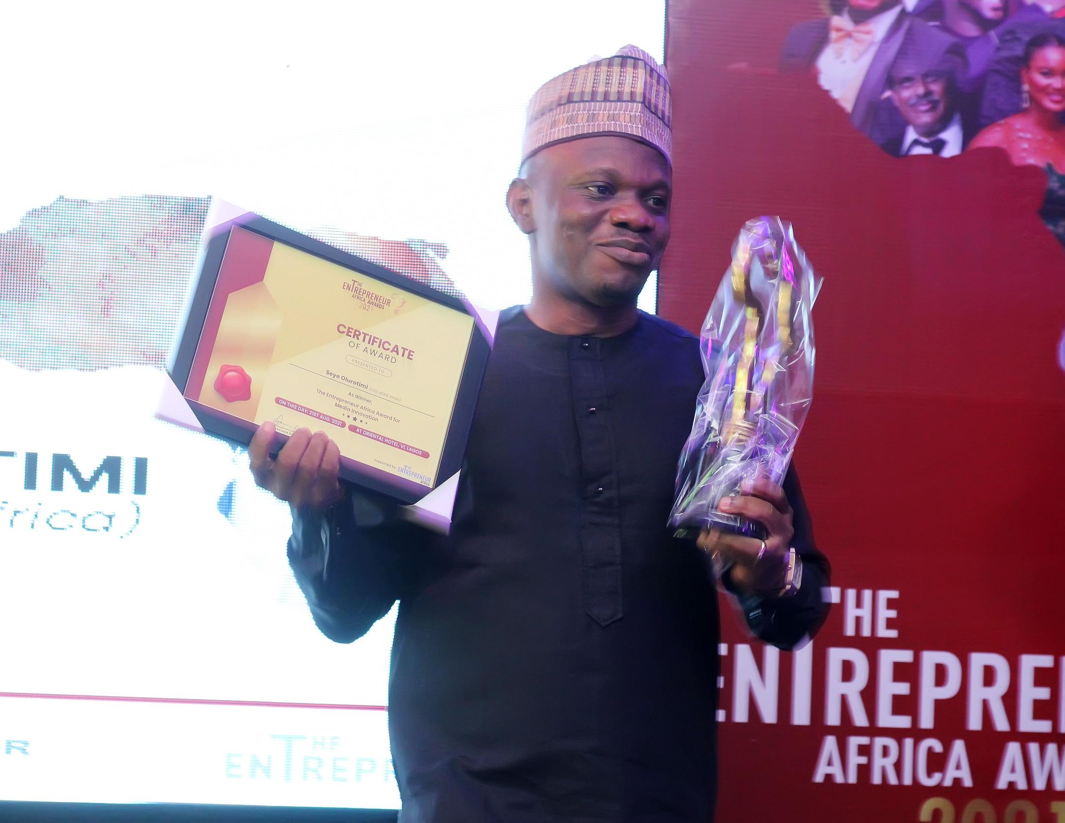 MSME Africa Founder Olurotimi bags Entrepreneur Africa Award for Media Innovation 2021